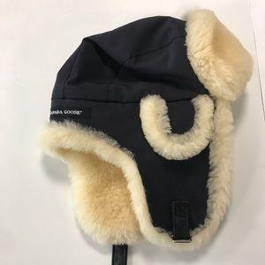 Canada Goose Accessories - Canada Goose Warm Winter Hat! 029226da327